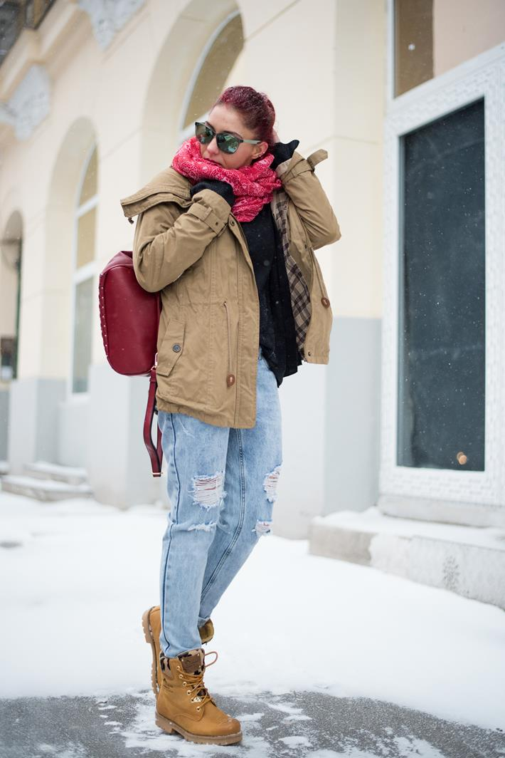 Fashion-Accessories-you-must-have-this-winter