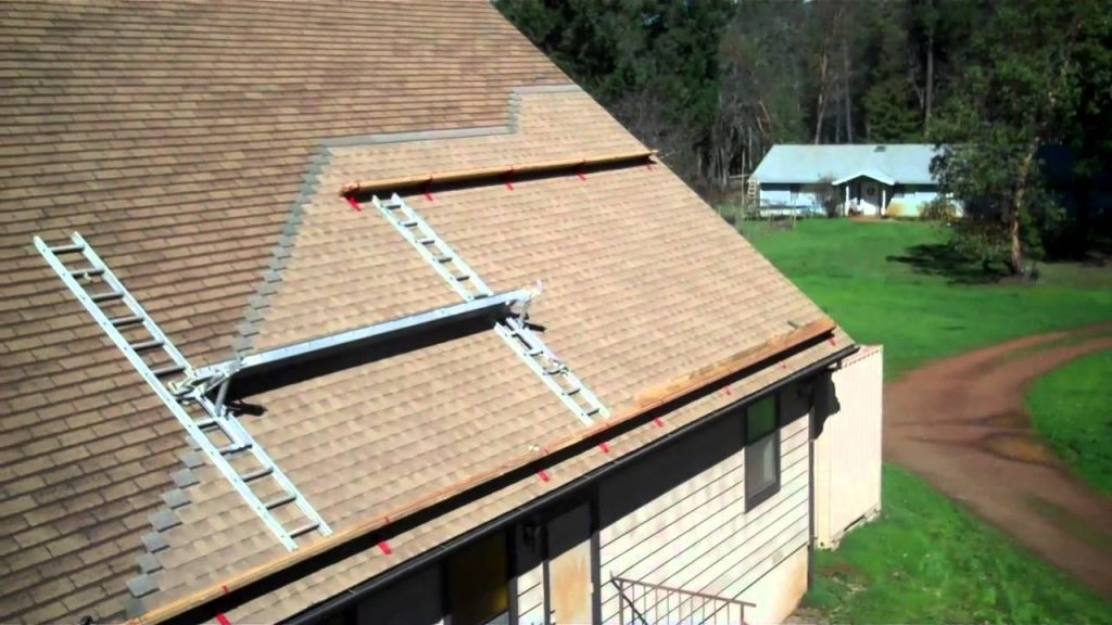 How to Make Homemade Decor Using Roof Shingles